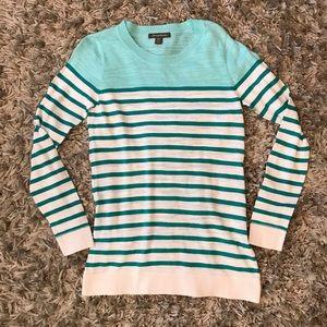 Tommy Bahama light sweater
